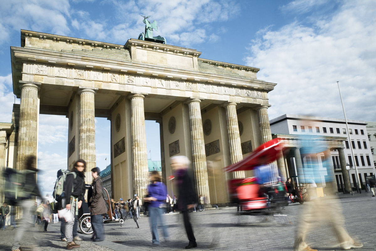 Relocation Service Berlin start relocation help with residence and visa issues in germany